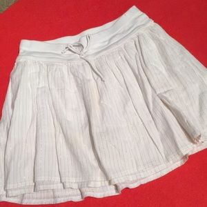 Girls white with gold thread skirt